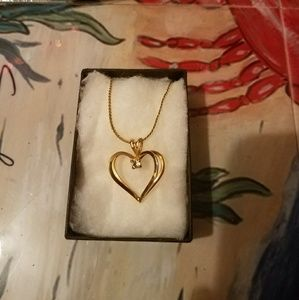 Jewelry - Great shaped necklace.